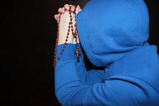 La prière est un élan du cœur Rosary-1212869__340