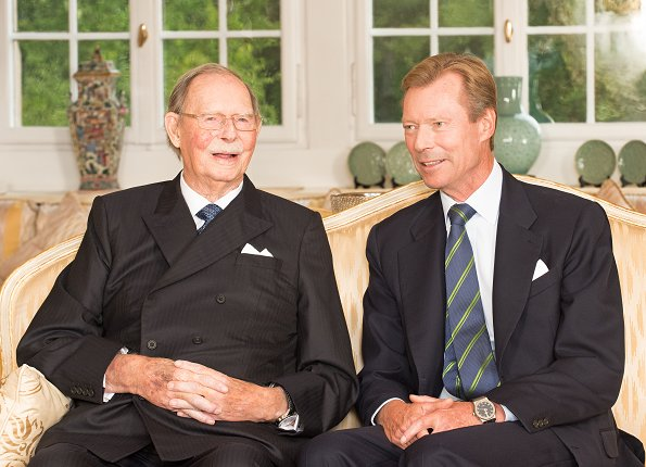 Grand Duke Jean of Luxembourg will celebrate his 97th birthday. On the occasion of that birthday, Luxembourg Grand Ducal Court released a new photo