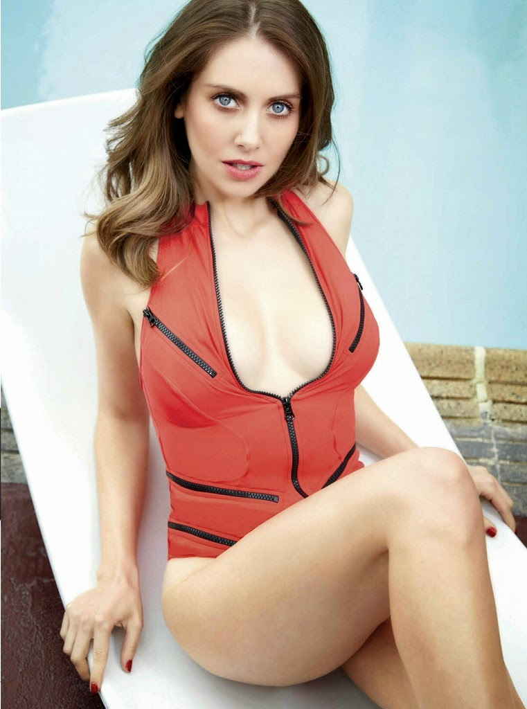 Alison Brie covers GQ Mexico March 2015