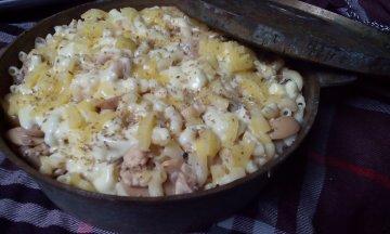 Corat Coret Acik Wawa Macaroni Meatball Cheese
