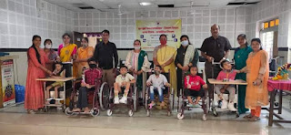 मनपा के दिव्यांग विद्यार्थियों को मिली मदद   #NayaSaberaNetwork
