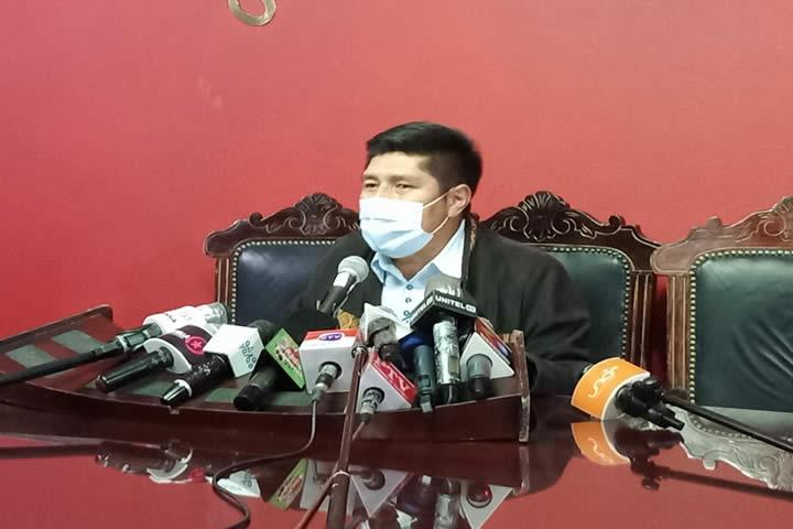 Diputado Hinojosa advierte con el inicio de procesos a quienes inciten a la sedición y al golpe de Estado