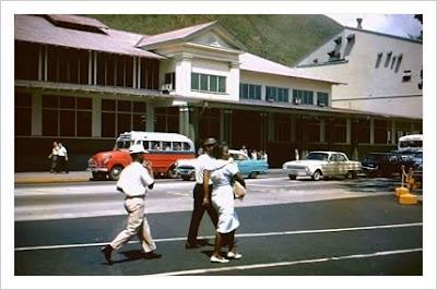Los Comisariatos de la Armada Norteamericana en Zona del Canal de Panamá 1968, 1956 y 1945.