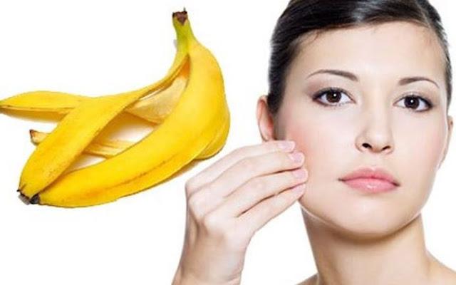 Cara cepat dan alami mencerahkan kulit wajah dengan pisang