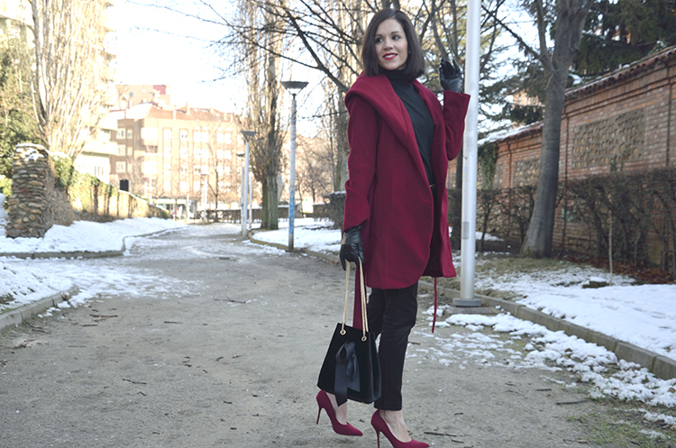 black_red_look_style_fashion_trends_gallery_look_outfit_ootd_winter