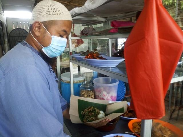 Masya Allah! Keluar dari Penjara, Mantan Napi Ini Bikin Warung- Rajin Sedekah Makanan Gratis ke Fakir Miskin