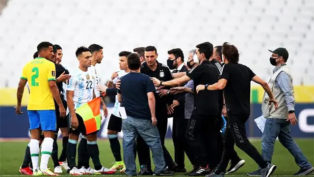 فضيحة كروية...ايقاف مباراة البرازيل والأرجنتين بسبب 4 لاعبين قادمين من بريطانيا