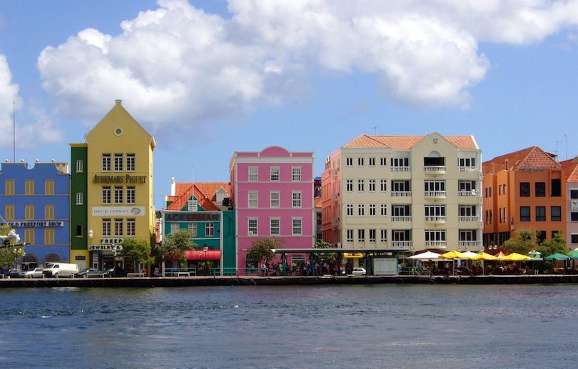 مدن ملونة حول العالم