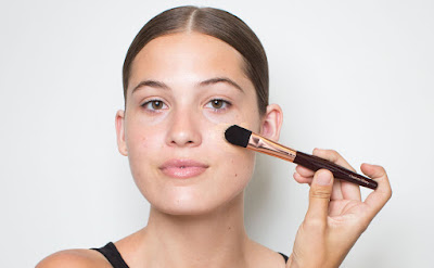 Not choosing and applying foundation properly