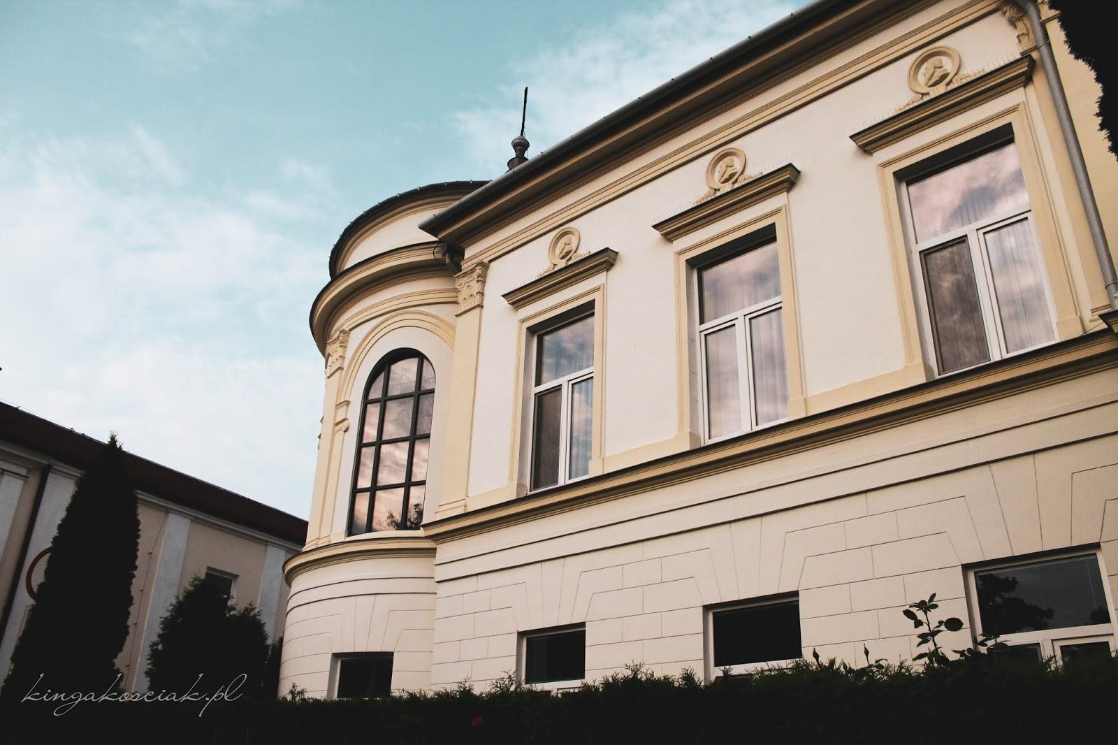pałac biskupi w sandomierzu