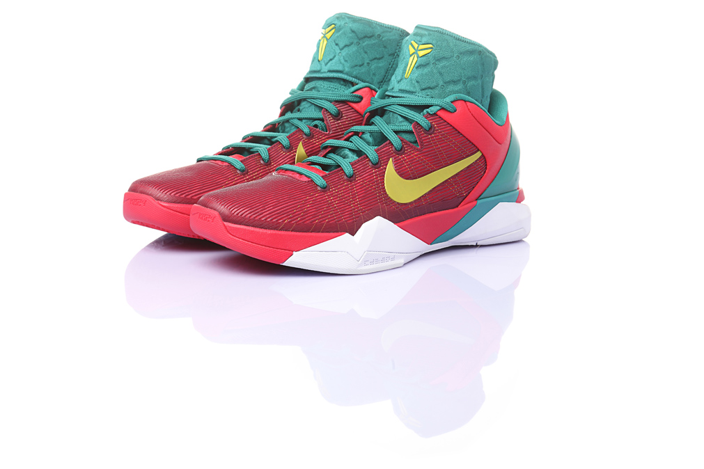 Nike Zoom Kobe VII Supreme  Year of the Dragon  – Officially Unveiled 66bc8a3aa