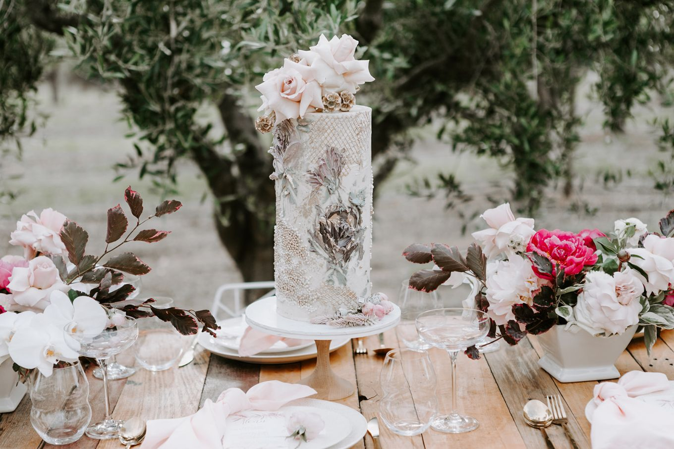 STYLED SHOOT: TUSCAN INSPIRED WEDDING EDITORIAL   THE PIALLIGO ESTATE CANBERRA ACT