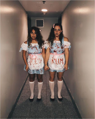 horror costume couple