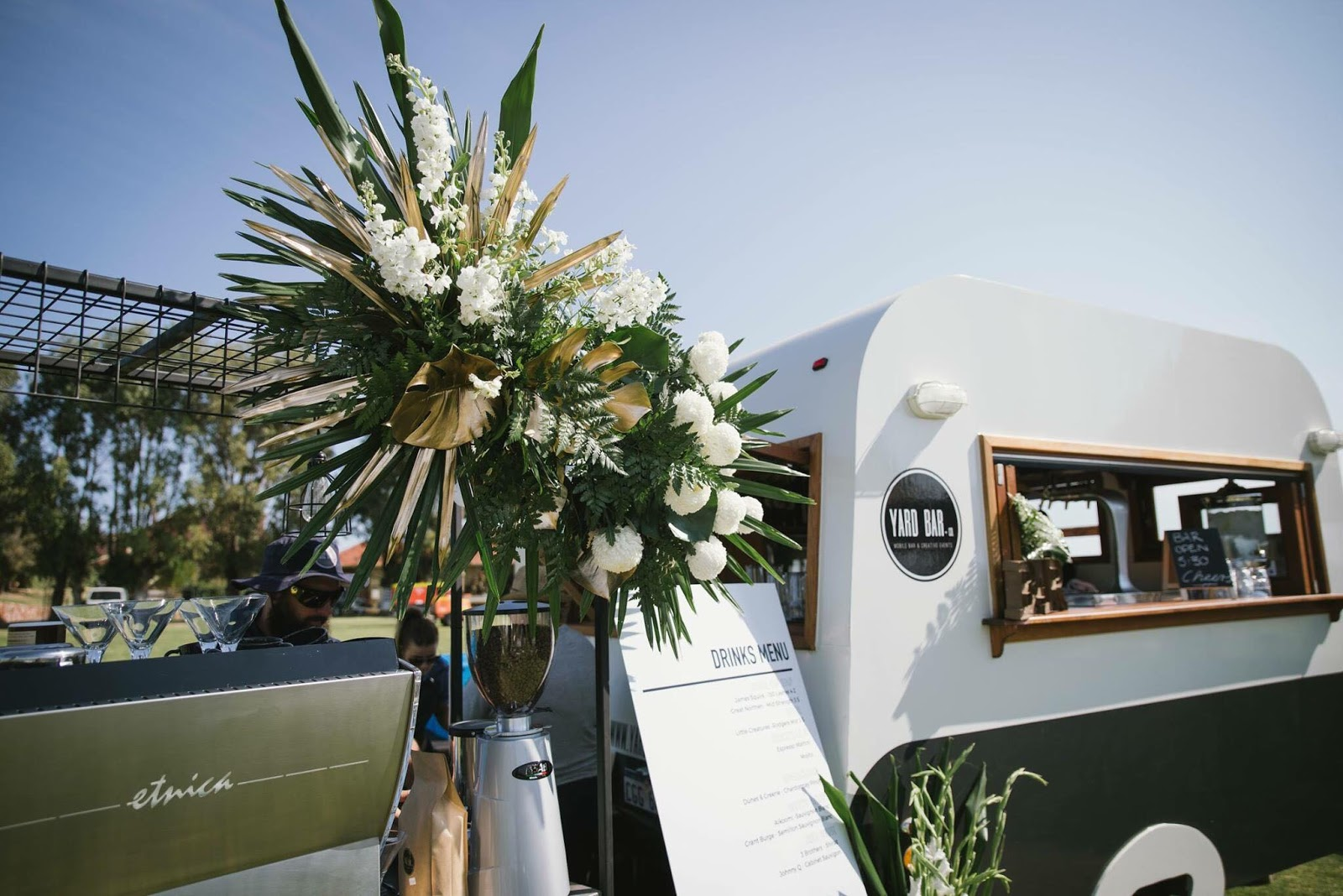 ANGIE ROE PHOTOGRAPHY GERALDTON WEDDINGS MOBILE BAR AND TEEPEE HIRE