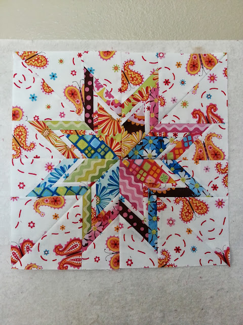 BabcoUnlimited.blogspot.com - Modern Lone Starburst Quilt