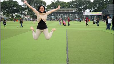 Di Alun-alun Bandung