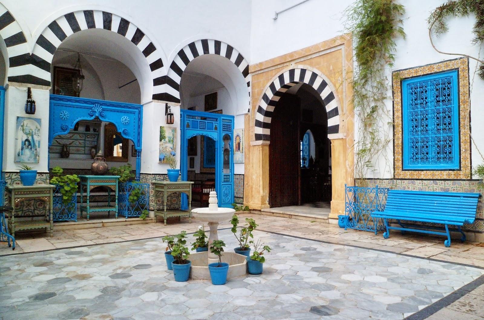 Interieur maison sidi bou said for Interieur tunisie
