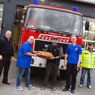 September Spende der Bäckerei Ihr guter Liebig aus Pfungstadt an die Jugendfeuerwehr der Freiwilligen Feuerwehr Riedstadt-Crumstadt