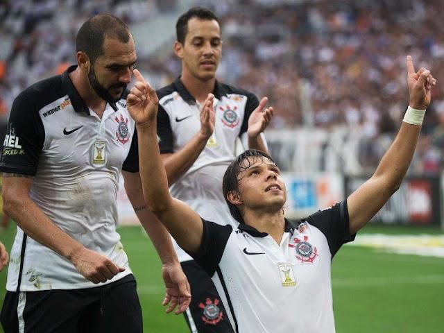 Com show de paraguaios, Corinthians goleia Linense