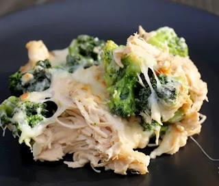 Cheesy Chicken And Broccoli Alfredo Casserole