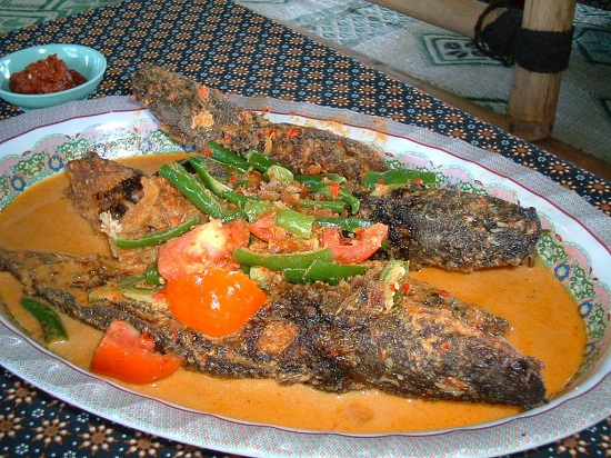 10 Kuliner Makanan Khas Bantul, Yogyakarta - Mangut Lele Bantul