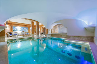 Chalet Montana swimming pool - Click link to view ski chalet