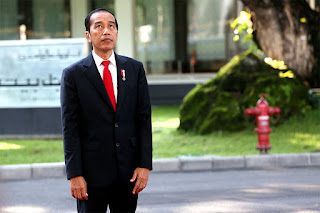 Jokowi Akan Ditinggalkan Pengusaha Dan Parpol Pendukung, Masih Percaya Janji Politiknya?