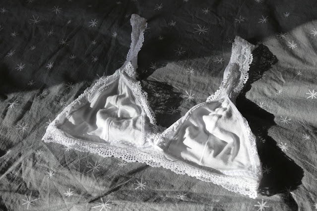 ethical lingerie,woronstore,sustainable underwear,sustainable clothing,allergy free,woron,sustainable fashion,
