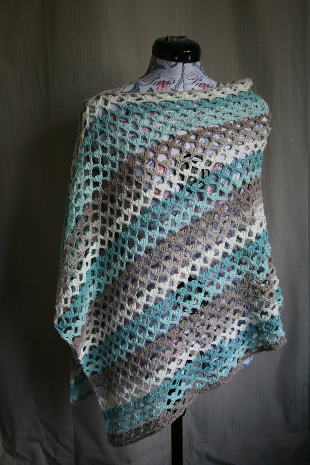 Summer Breeze Poncho Pattern