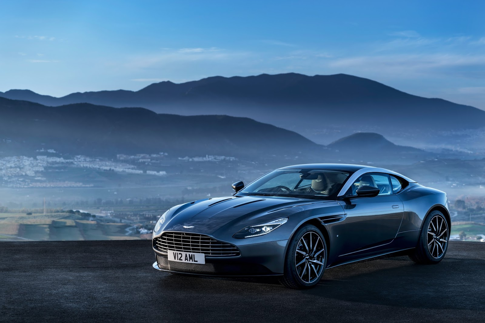 Video: Aston Martin DB11