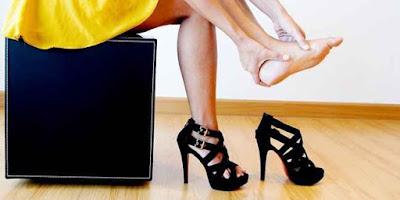 bahaya memakai high heels