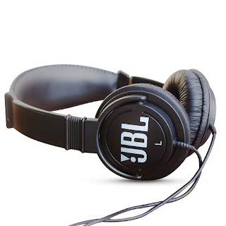 2. JBL C300SI On-Ear Dynamic Wired Headphones