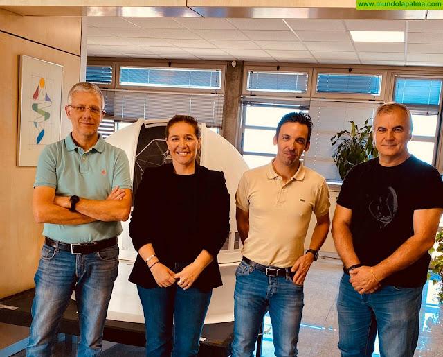 El Ayuntamiento de Fuencaliente y el GTC colaboran en la instauración de la primera astrobiblioteca de La Palma