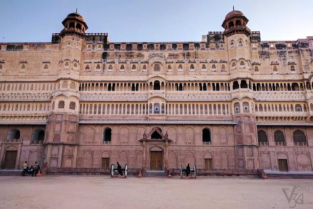 Junagarh Palace facade