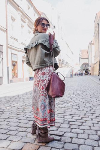 Sukienka boho,okulary słoneczne,torbka skórzana,polscy projektanci