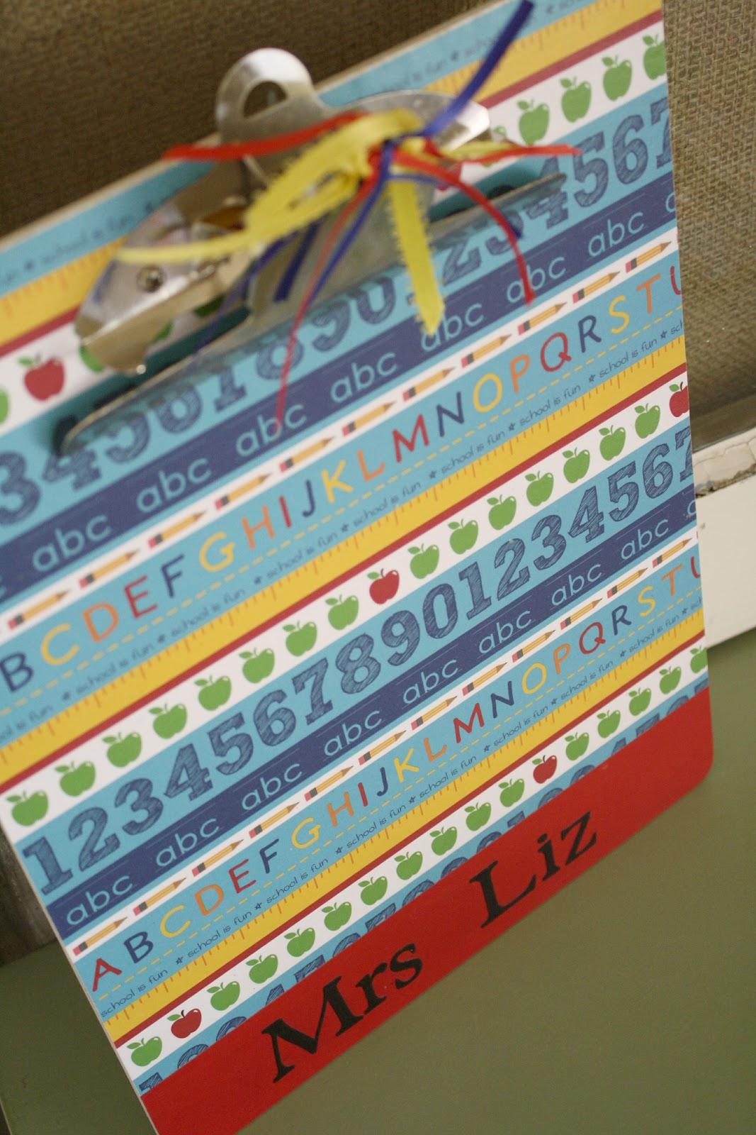 Teacher\'s Clipboard Gift {Tutorial}
