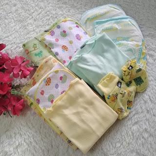Popok dan pakaian bayi