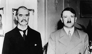 Chamberlain y Hitler. Si uno era nominado, el otro, también