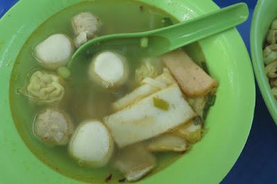 Xing Heng Feng Guo Tiao Tan (新恆豐粿條攤), soup