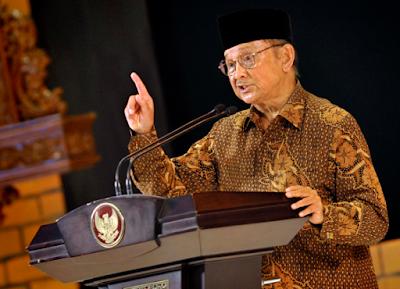 Tujuan Pidato Persuasif Lengkap dengan Contohnya | Bahasa Indonesia SMP 2019