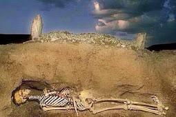 Inilah Yang Terjadi Saat Kita Di Kubur