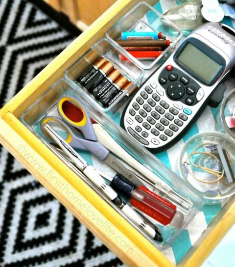 Clear acrylic bins to organize a junk drawer :: OrganizingMadeFun.com
