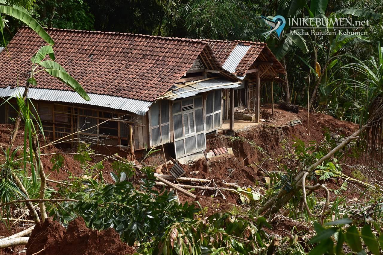 Terdampak Tanah Bergerak, Delapan Rumah di Desa Grenggeng Segera Direlokasi