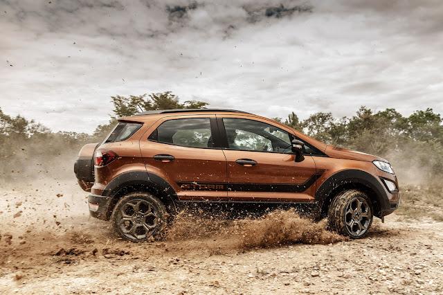 Ford EcoSport Storm conta com nova opção de cor
