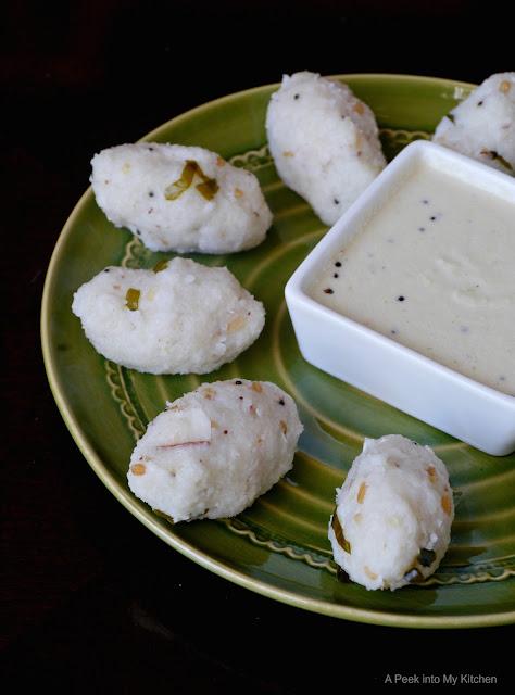Saamai Pidi (Upma) Kozhukattai / Savory Little Millet Dumplings ~ Day 99