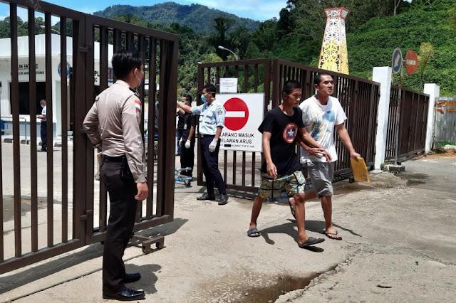Anggota DPR Kritik TKI Dilarang Pulang, Tapi TKA Persilahkan