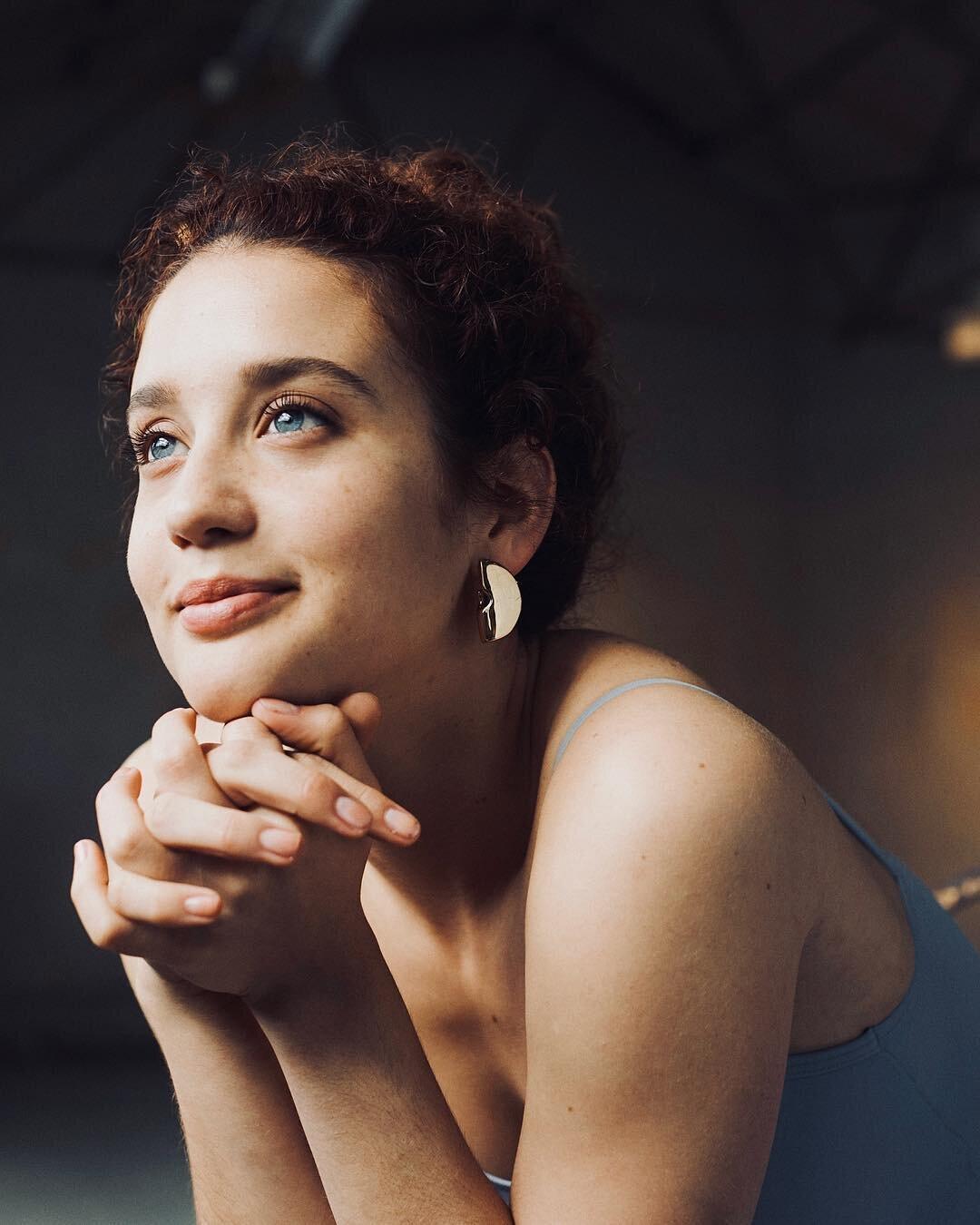 Maria Pedraza Biography