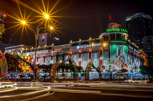 You wonder how Christmas in Vietnam is happening? 2