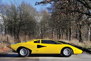 Lamborghini Countach LP400 Periscopio Side Right