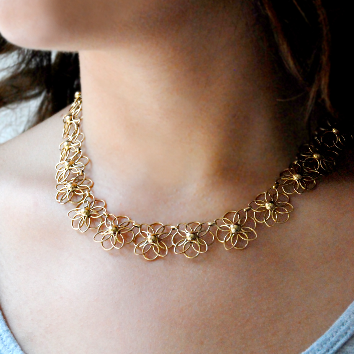 14 Carat Gold Flower Necklace - Jewellery Designs